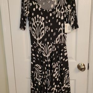 NWT LuLaRoe Nicole Dress